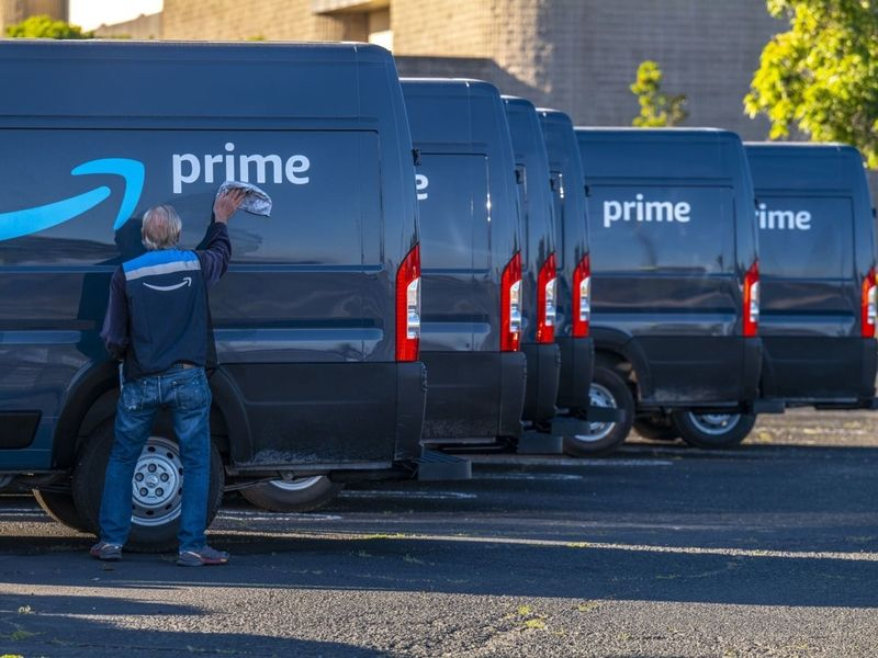 Amazon's #peegate, a self-inflicted PR disaster, explained: Monday Wake-Up Call